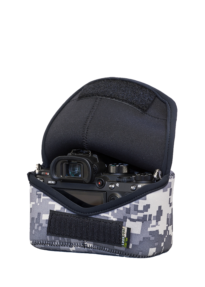 BodyBag® M Digital Camo